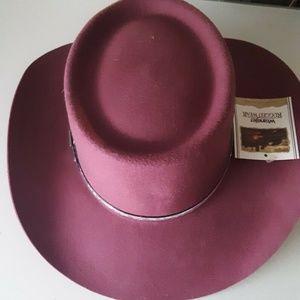 Wrangler Rugged Wear Outback Cowgirl  Western